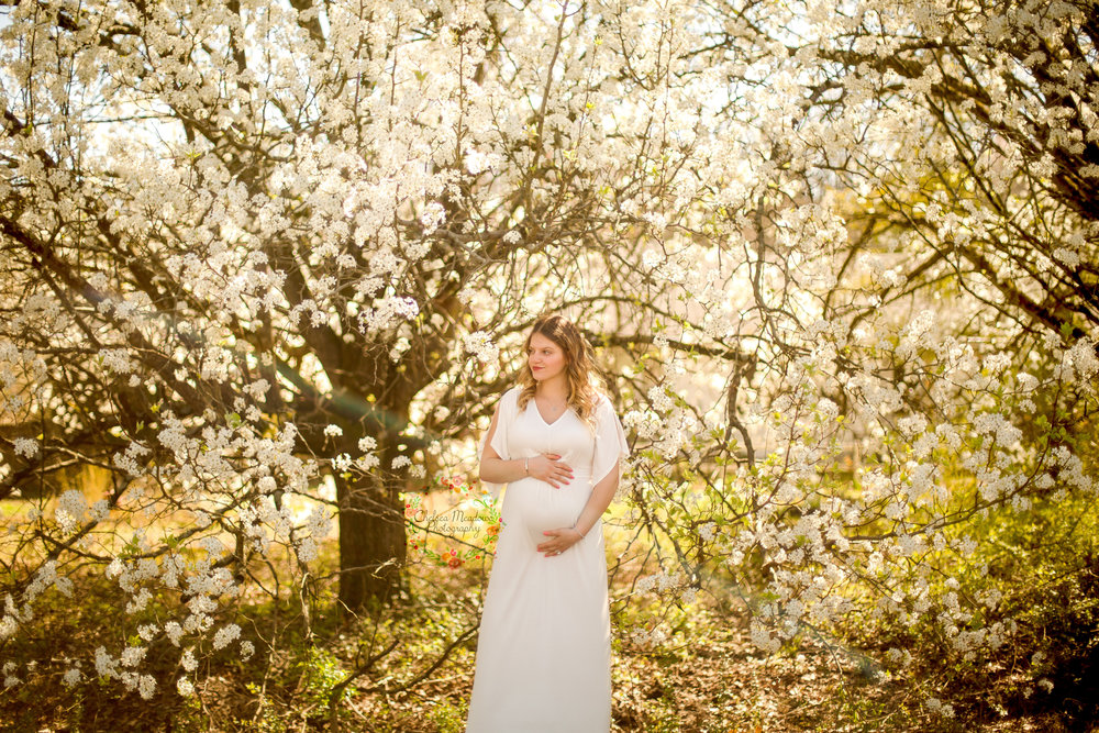 Nicole Spring Maternity Session - Nashville Maternity Photographer - Chelsea Meadows Photography (17)_edited-1.jpg