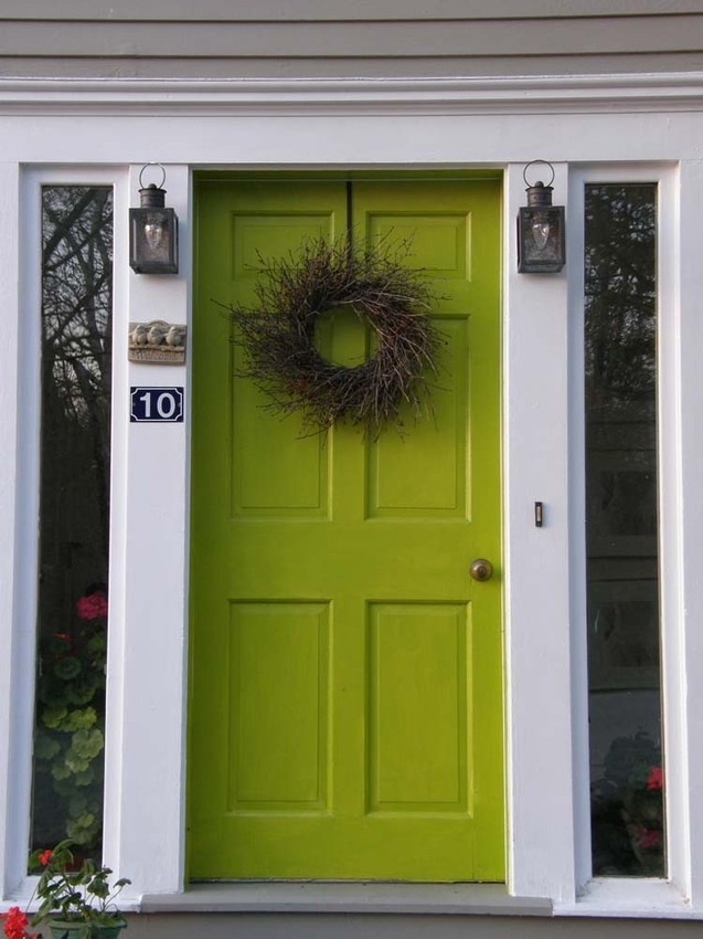 Charmant Apple Green Door