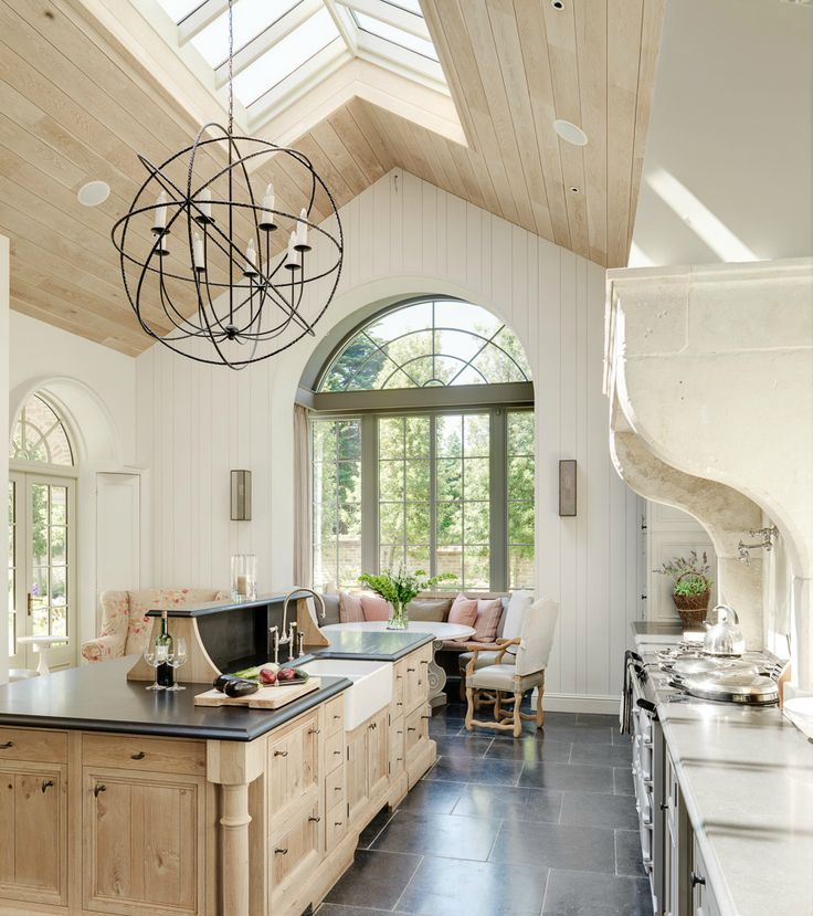kitchen chandelier.jpg