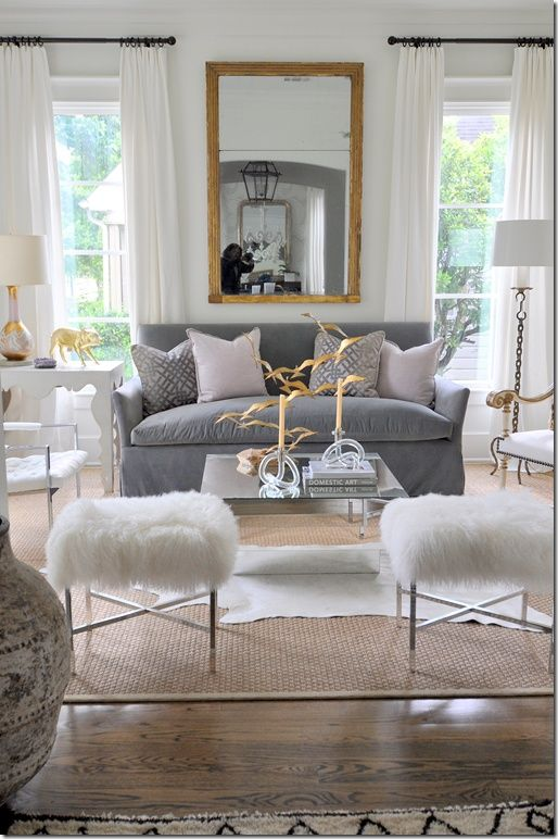 Mixed Metals - Not only is using a mélange of metals to decorate your home for the holidays beautiful, but it is just as lovely when used on everyday décor as well! It will add a fun an interesting touch to your home.