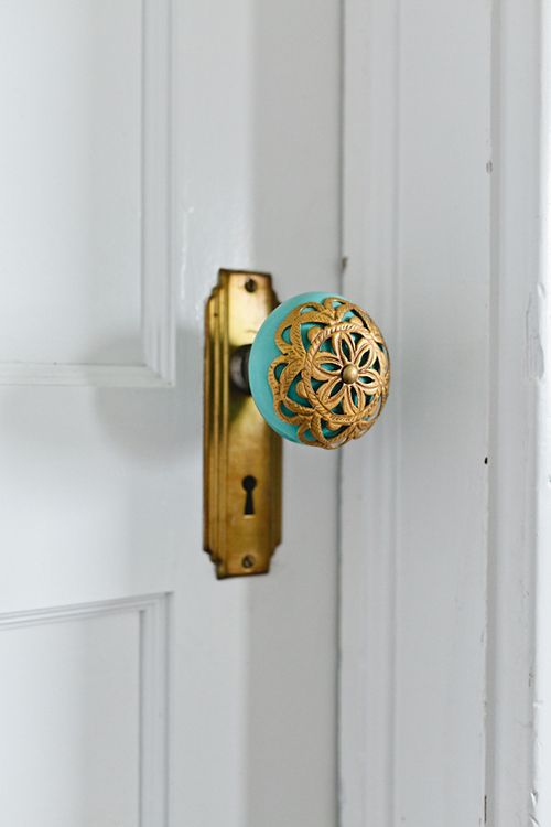 Aqua and gold vintage door knob upgrade for the season! LOVE!