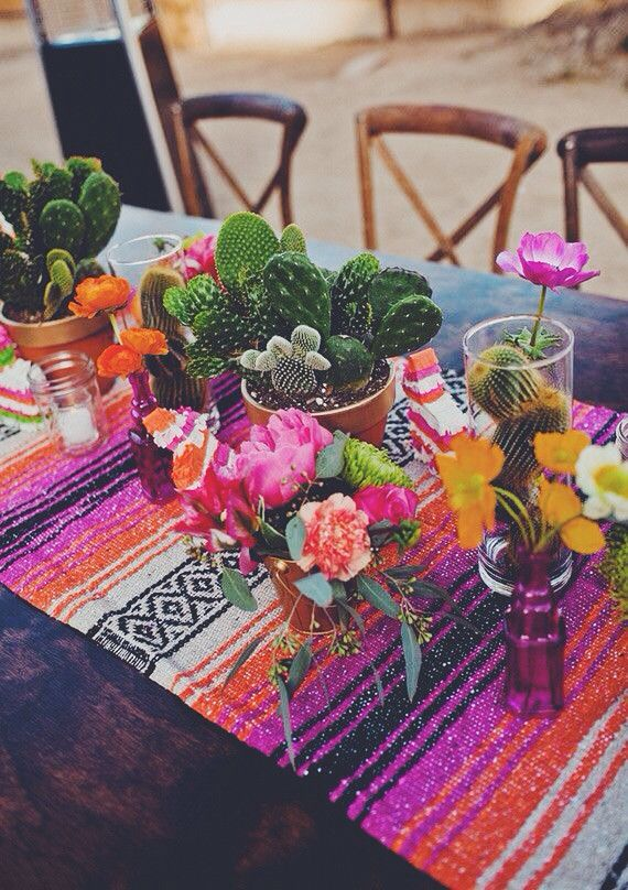 Gorgeous Mexican inspired tablescape
