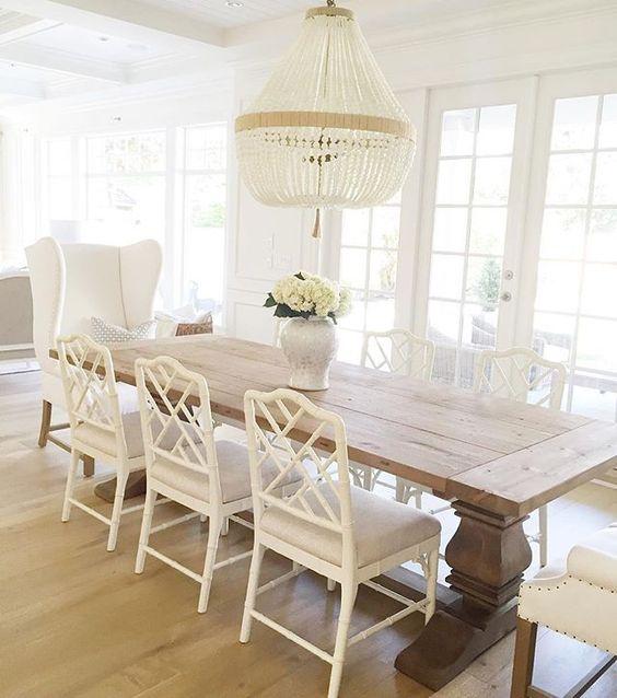 white chandelier 2.jpg