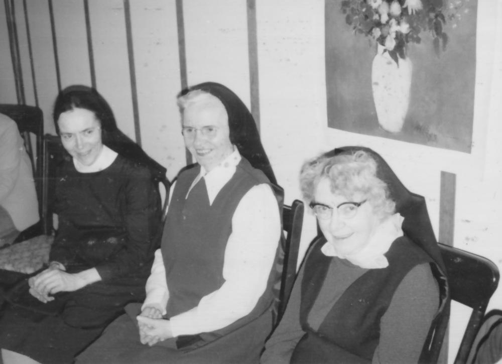 Sisters Emmanuel, Thomas Aquinas, Elizabeth