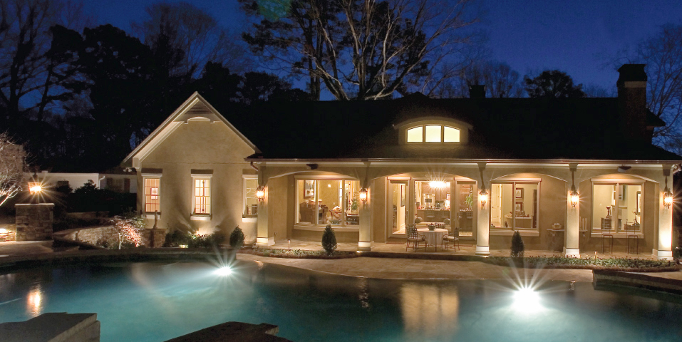 historic-Peachtree-Battle-traditional-european-stucco-custom-home_01.jpg