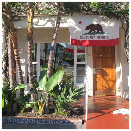 hotel california front