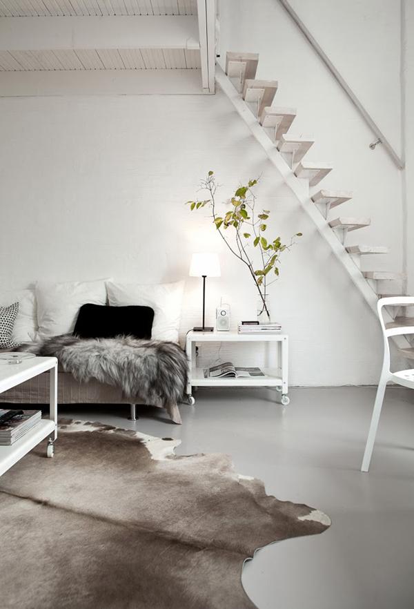 white interior 1