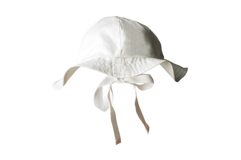 SUNHAT - non-toxic. organic cotton. chin tie keeps hat in place. great coverage.