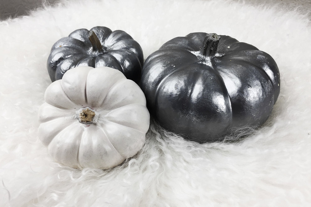 thumbnail_small_MONICA_RICHARDS_DIY_PUMPKINS_HALLOWEEN_DECOR_ECOBABE.jpg