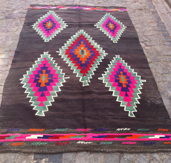 Rug sold via Etsy | Sheepsroads