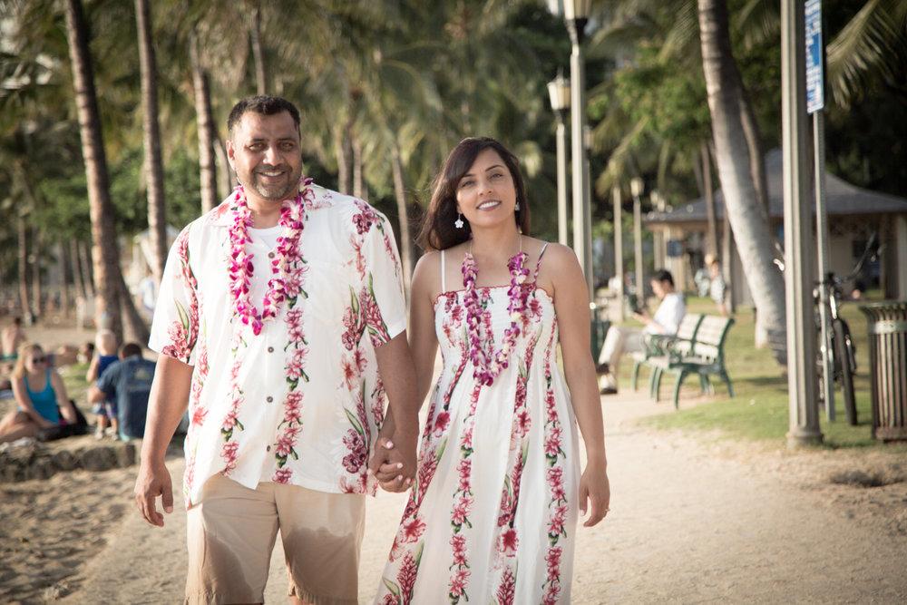 Waikiki Beach Family-13.jpg