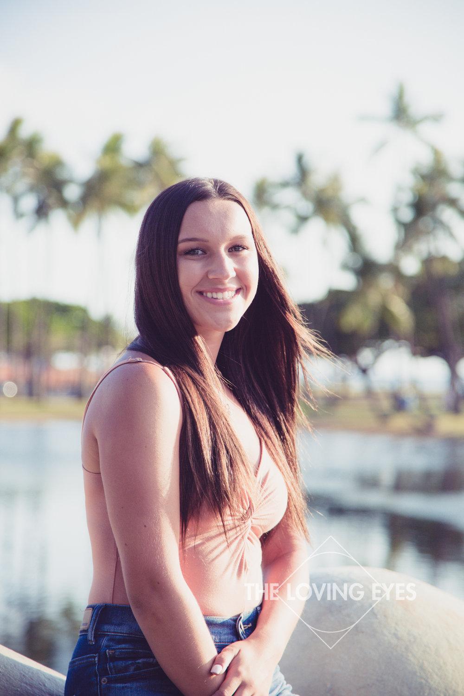 Senior portrait at Ala Moana Beach Park in Hawaii