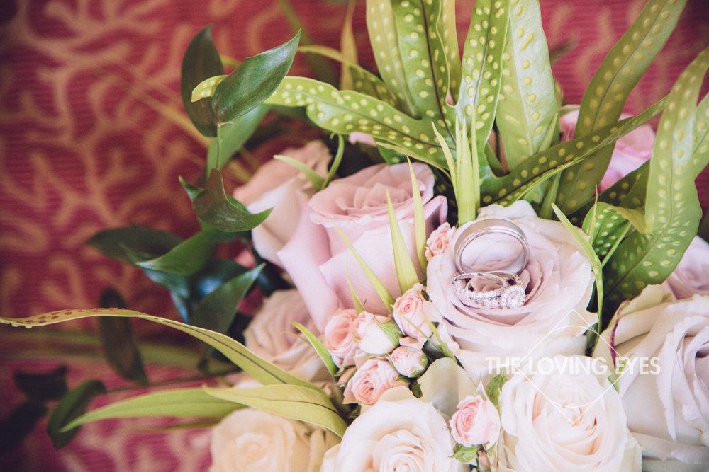 Hawaiian bridal bouquet with wedding ring