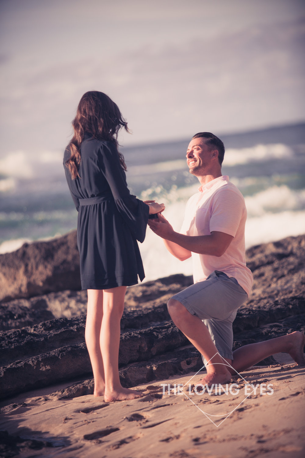 Hawaii wedding proposal on the beach