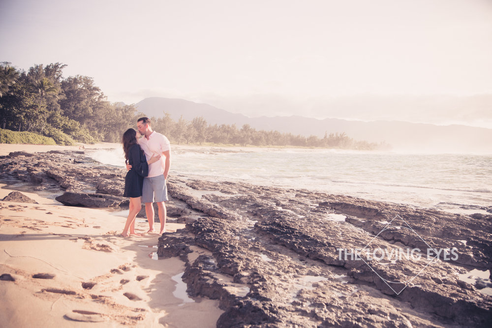 Hawaii engagement photos on the beach