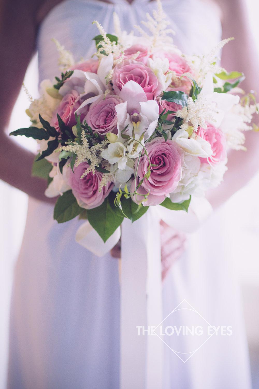 Bridal bouquet on wedding day in Hawaii