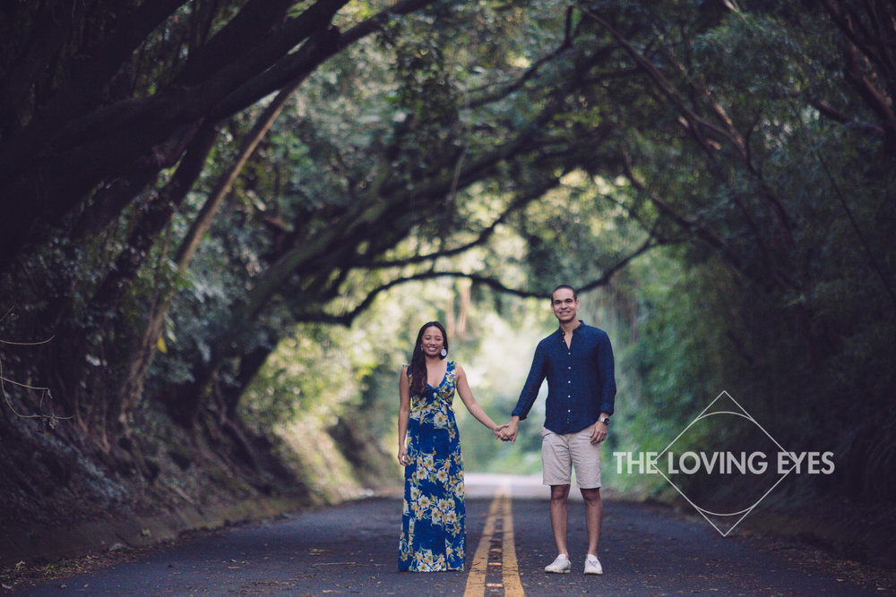 Engagement photo on the Nuuanu Old Pali Road in Hawai