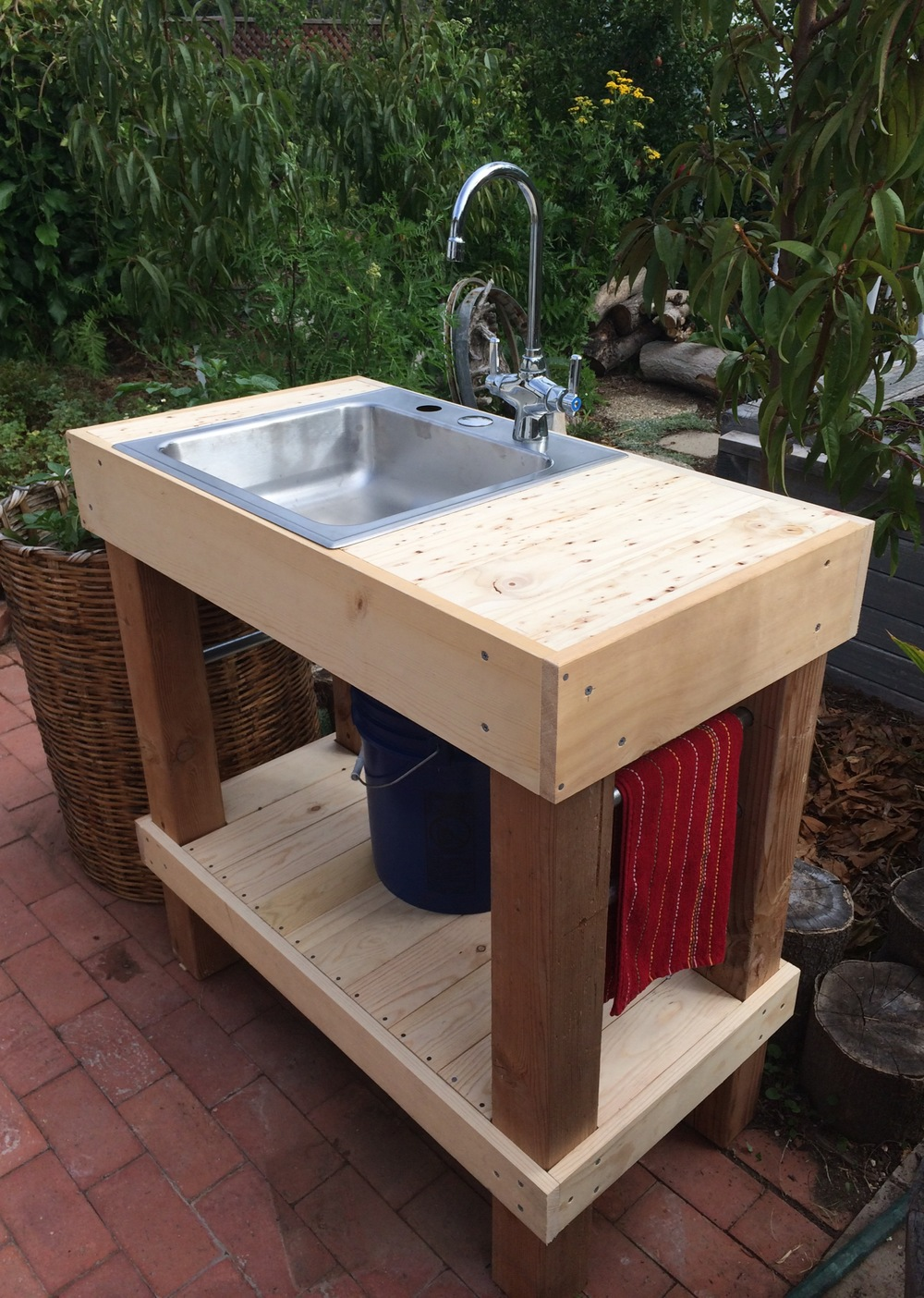 Outdoor sink completed in August 2014. Cost: $106