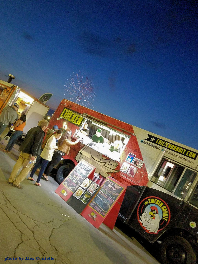 Chicken On The Run A Gallery The Chicken Bandit Food Truck Eatery