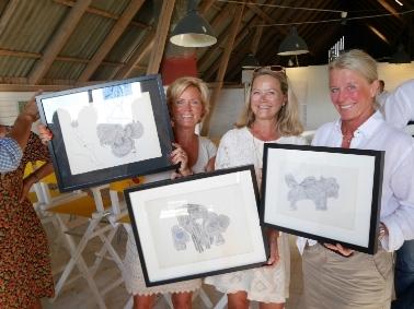 Konst ropades hem av; Susanne Carlzon ochÅsa Blidegård som stödjer Psykiatrifonden