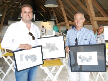Konst ropades hem av Fredrik Thorstensson ochTommy Gustafsson som stödjer Psykiatrifonden