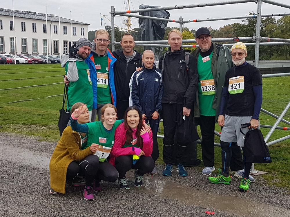 Mental Health Run teamet med loppvinnarna.