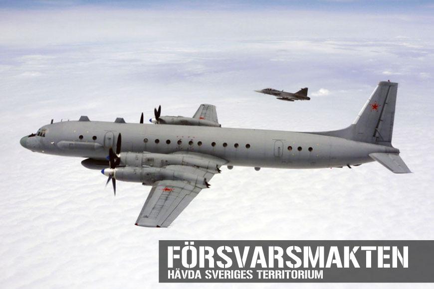 JAS 39 OCH EN RYSK IL-20M COOT-A ÖVER ÖSTERSJÖN