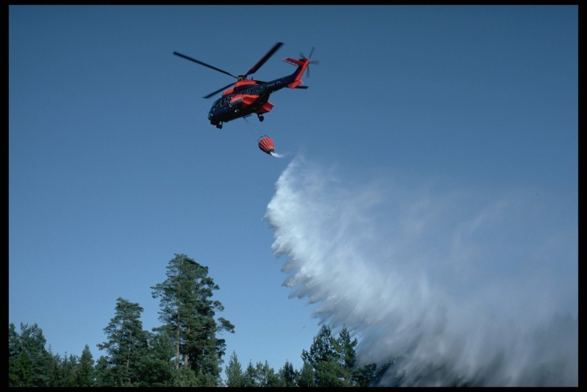 skogsbrand_helikopter10.jpeg