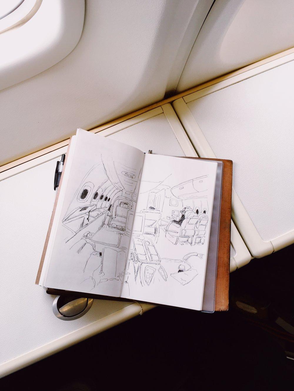飛台北時只能短時間完成的機艙畫