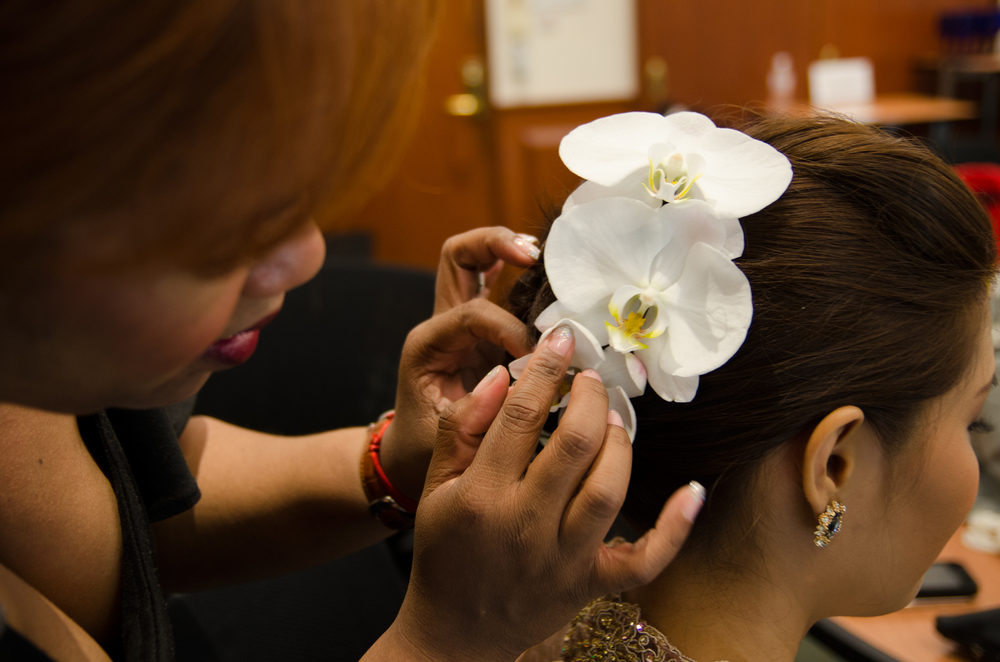 wedding-photography-singapore-bride-preparation