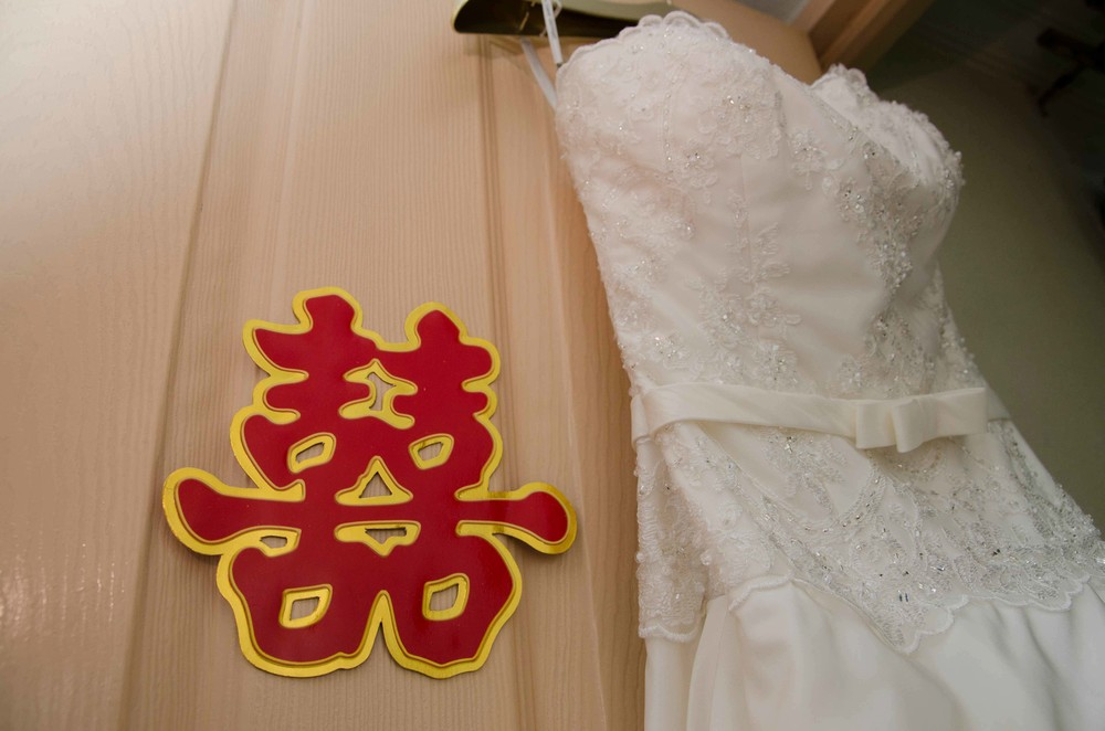 chinese-double-happiness-bride-dress