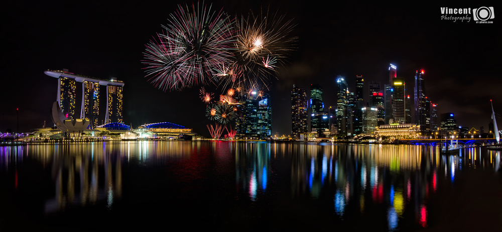 singapore-national-day-firework-2014