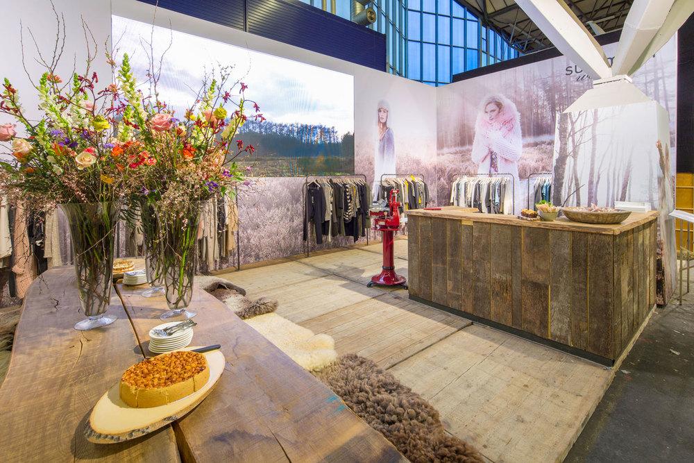Buck-Design---Summum-Woman---Modefabriek-2015---Standbouwfotografie-#8032.jpg