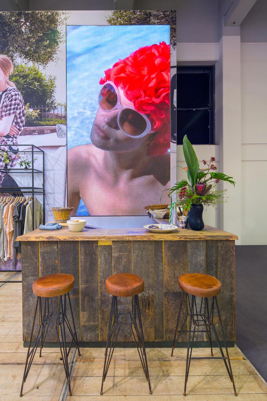 Buck-Design---Summum-Woman---Panorama-Berlin-2015---Standbouwfotografie-#0367.jpg