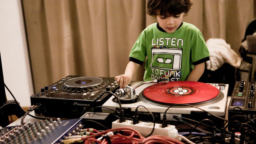 Painé Cuadrelli - <i>Young Djs</i>