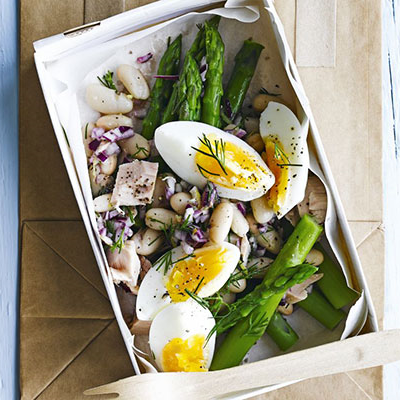 Lemony tuna & asparagus salad box