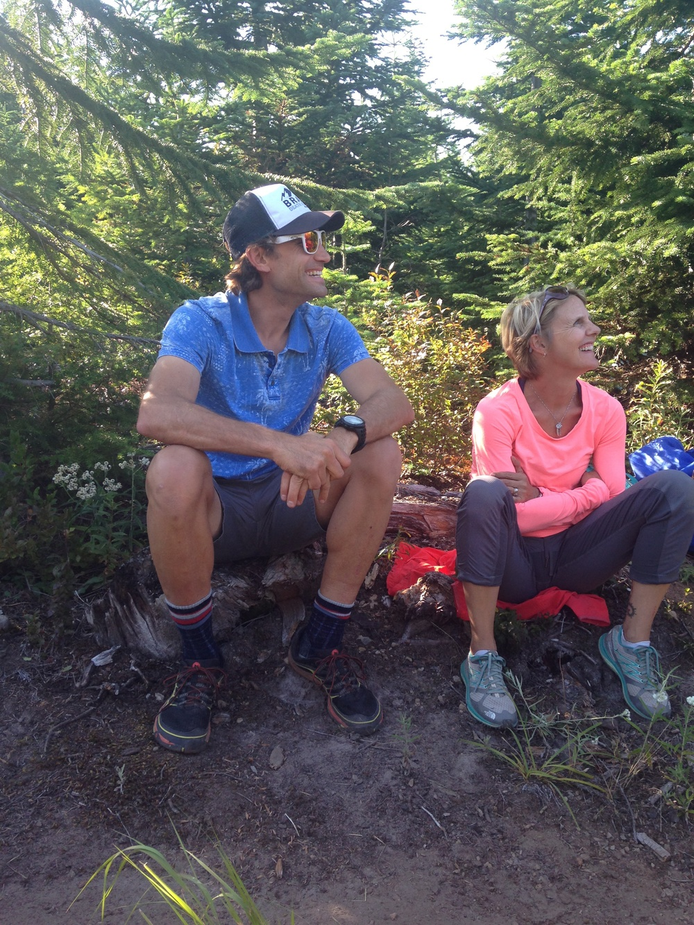 Crew chief Saira and pacer '@adventuresimon' Simon Donato of Boundless TV fame.