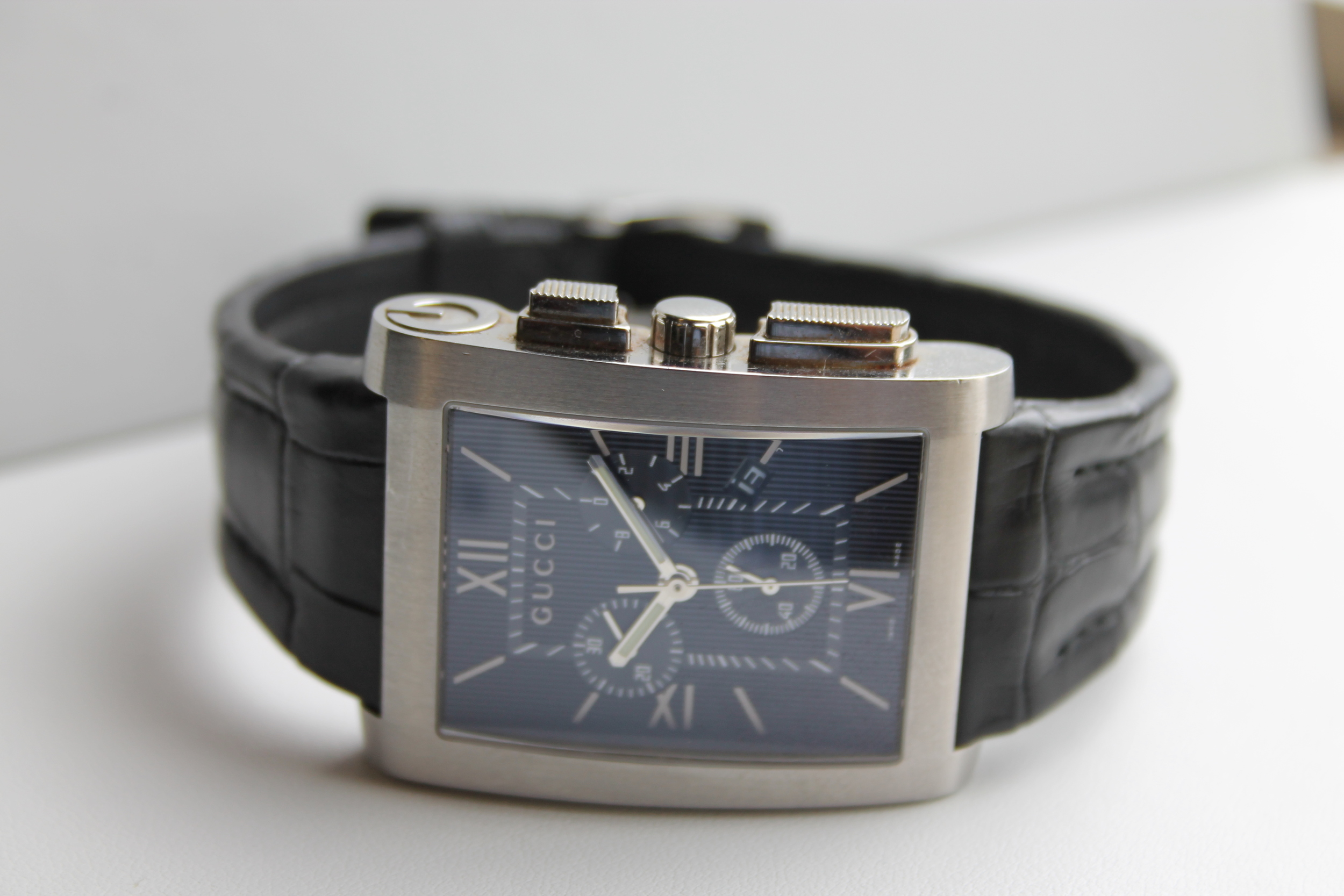 4700265e685 Gucci Gents Watch 8600M. Used watched website 001.jpg
