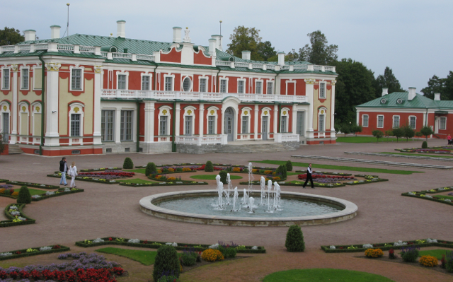 Kadriorg Palace - Estonian Art Museum