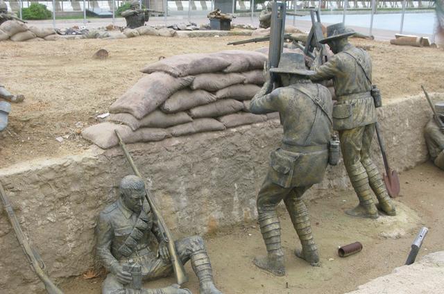 Eceabat trench memorials