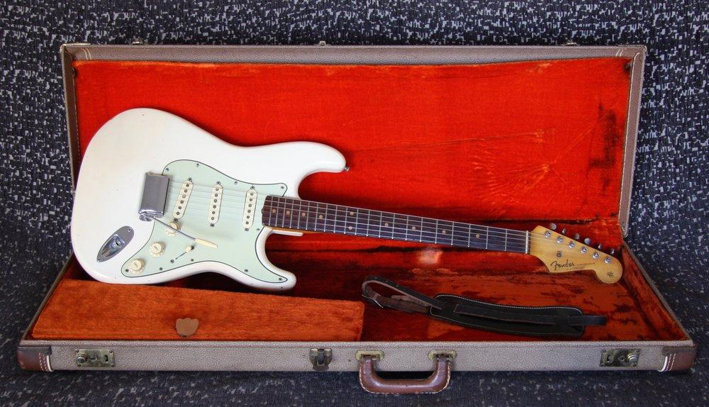 1962 Fender Stratocaster Olympic White
