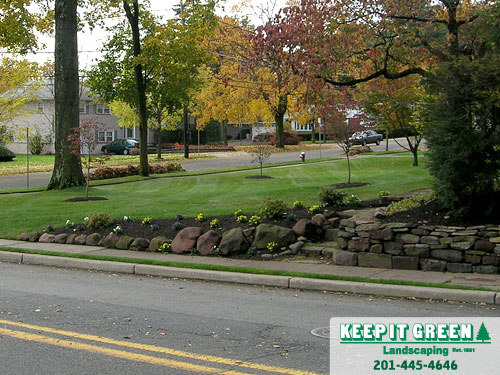 Residential landscape maintenance.  Glen Rock, NJ  07452
