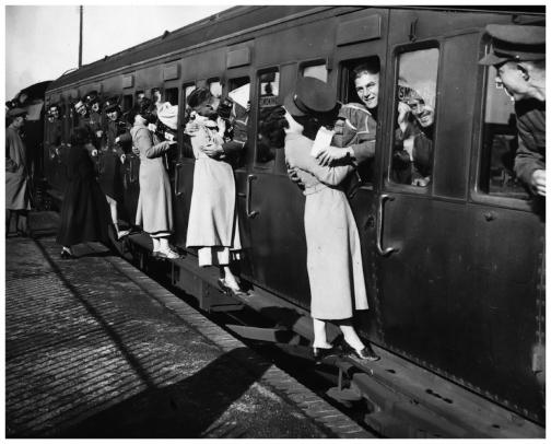 E. Dean- Soldats britanniques en partance pour l'Egypte- 1935