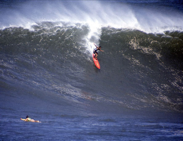 Smirnoff Contest, Waimea Bay | p. Steve Wilkings | 1975
