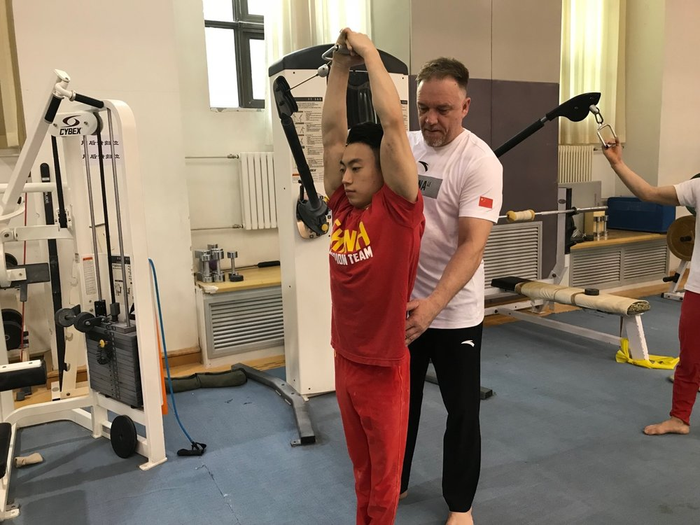 Coach Esa and Zou Jingyuan training