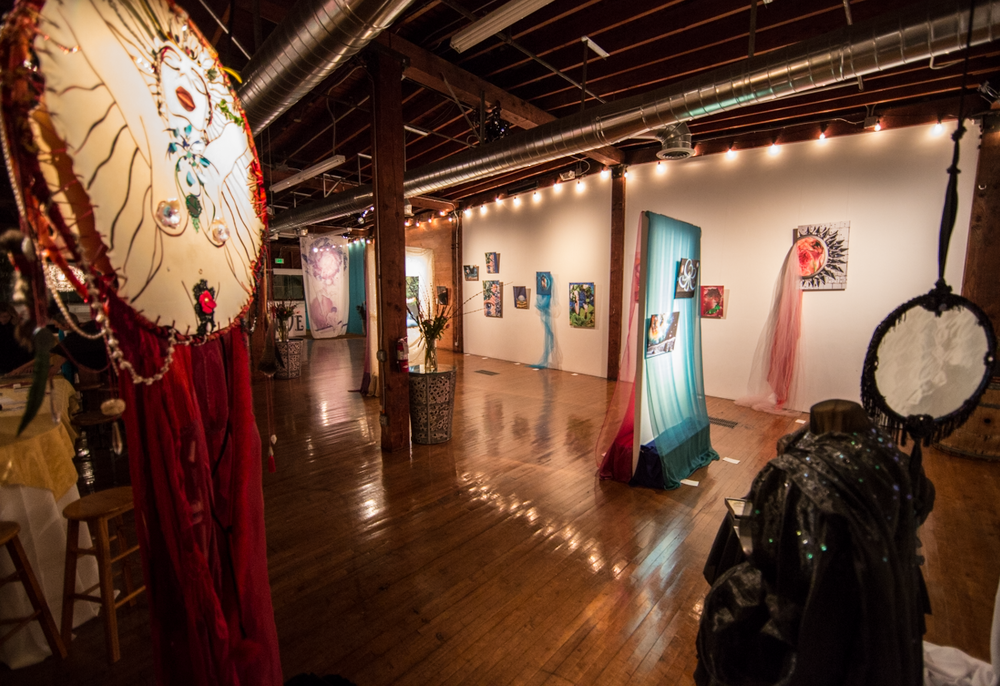 The loft looked fantastic with all of Kirsten's pieces displayed!