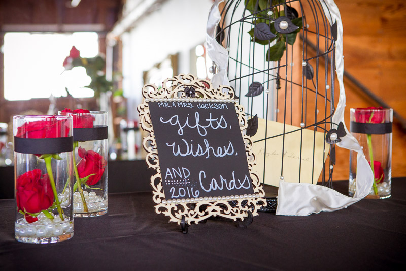 Cute little spot for guests to send their wishes to the couple.