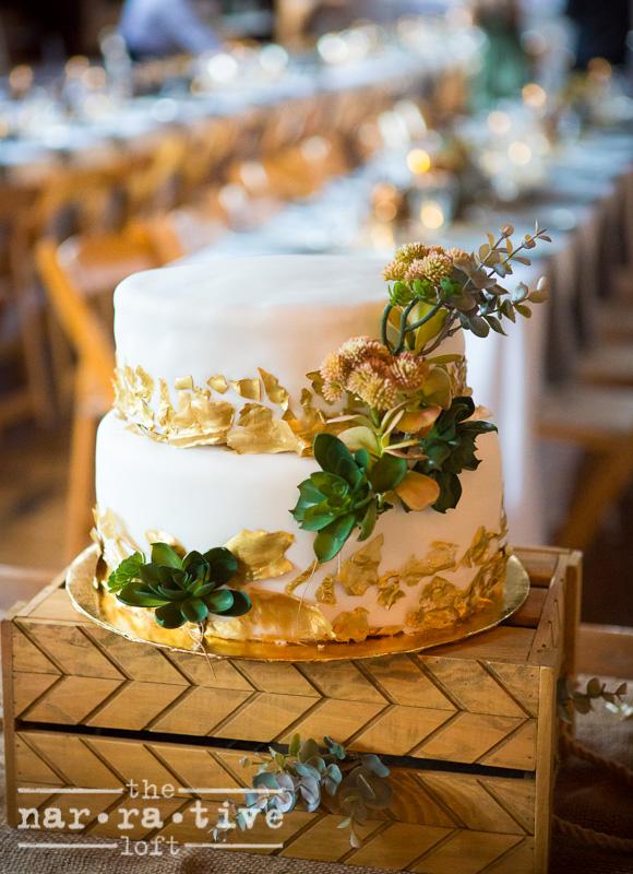 Cake or art? So lovely!