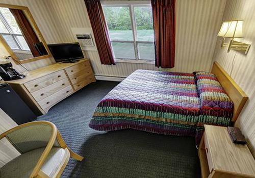 Stowe Value Room