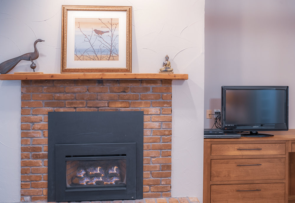 Master Fireplace and TV.jpg